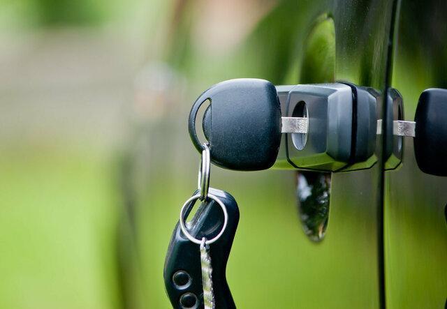 اپل در حال کار روی بازگشایی قفل خودروها با سیستم بیومتریک است