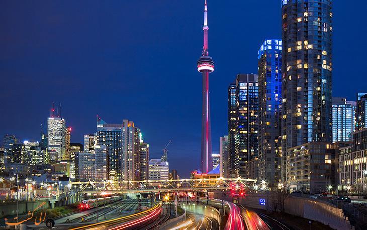 برج سی ان در تورنتو و لذت قدم زدن در ارتفاع 356 متری