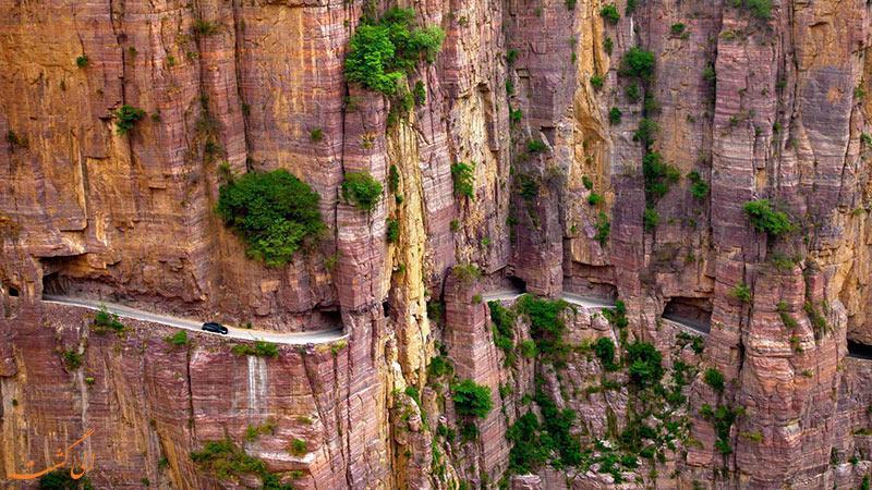 رفتن به این جاده در چین جرات می خواهد!
