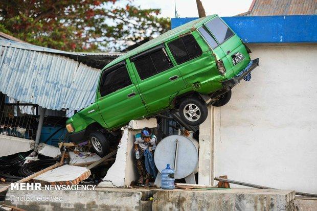شمار قربانیان زلزله و سونامی اندونزی به 2002 نفر رسید