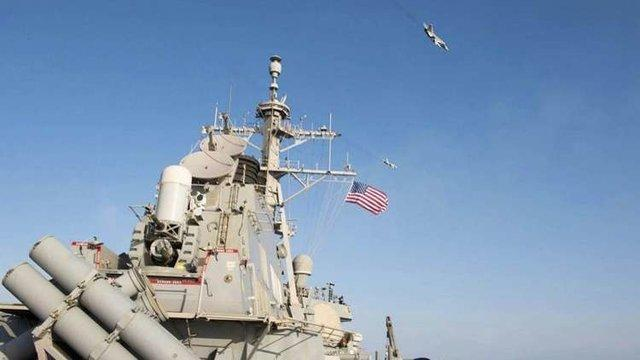 حضور یک ناوشکن آمریکایی در نزدیکی جزایر مورد ادعای چین