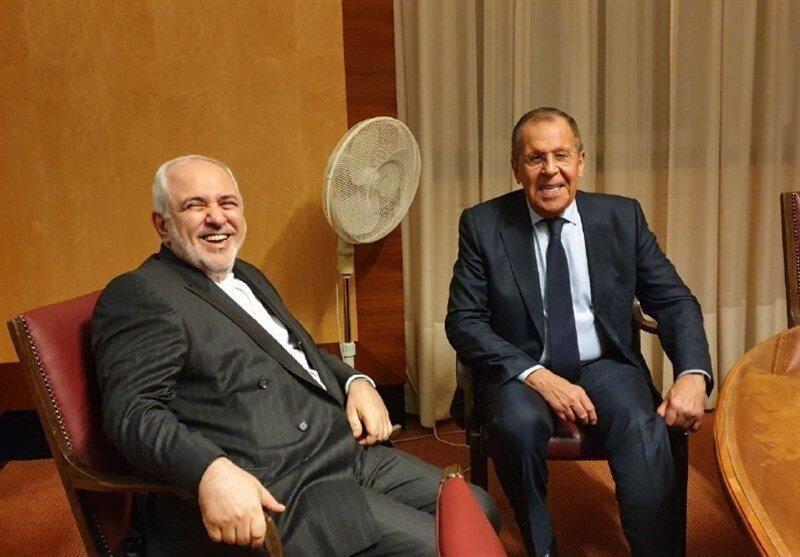 ظریف در توئیتر نوشت: آغاز راه حاکمیت قانون پس از سال ها جنگ ویرانگر در سوریه