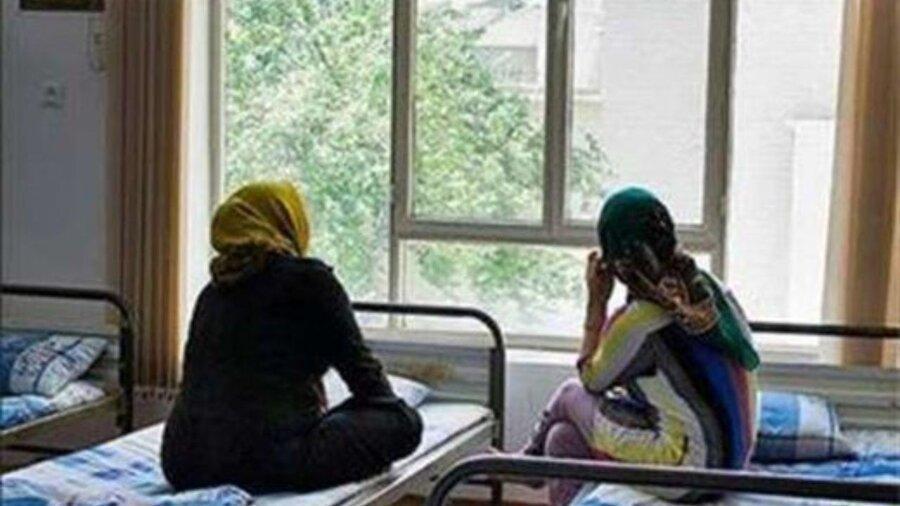 زنان بی سرپناه چگونه در گرمخانه ها پذیرش می شوند؟ ، با 137 تماس بگیرید