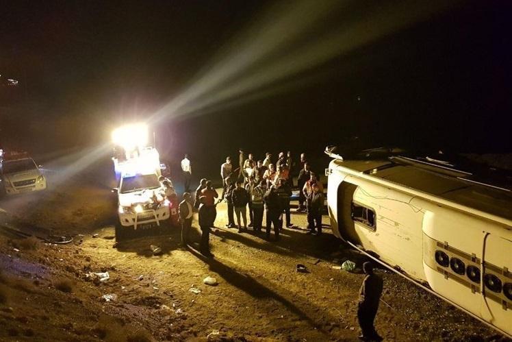 واژگونی مرگبار اتوبوس مسافربری در اتوبان زنجان-تبریز