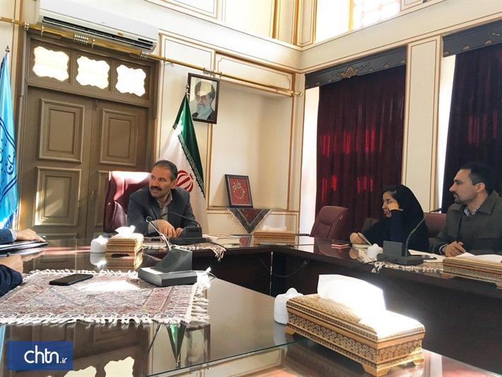 ملاقات هیئت مدیره شورای مشورتی جوانان اصفهان با مدیرکل استان