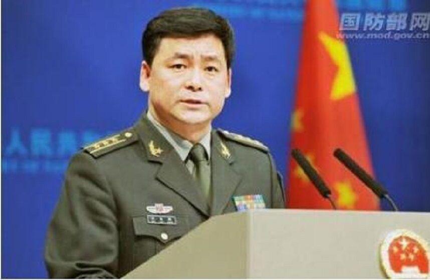 خبرنگاران سخنگوی وزارت دفاع چین: آمریکا از حملات سایبری علیه پکن دست بردارد