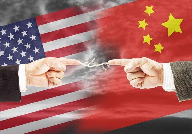 چین کارمندان کنسولگری آمریکا را از ساختمان بیرون کرد