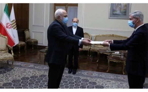 سفیر جدید برزیل رونوشت استوارنامه خود را تقدیم ظریف کرد
