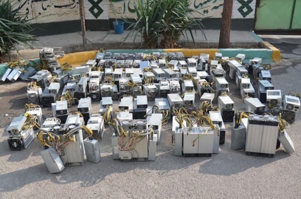 32 دستگاه ماینر قاچاق در کرمان کشف شد
