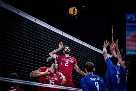 شکست ایران برابر فرانسه ، شانس صعود به مرحله نهایی از بین رفت